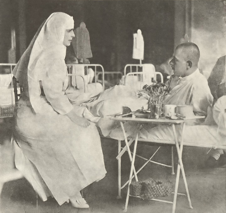 Queen Marie visiting hospital