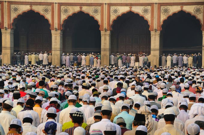 Muslims-praying-in-Dehli