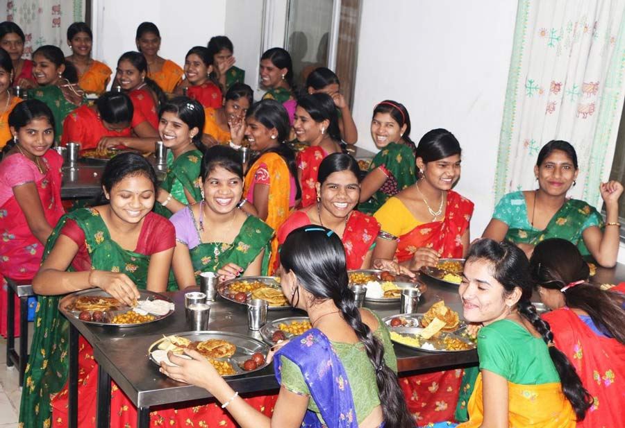 Women of different castes, tribes and backgrounds dine together at the Barli Institute