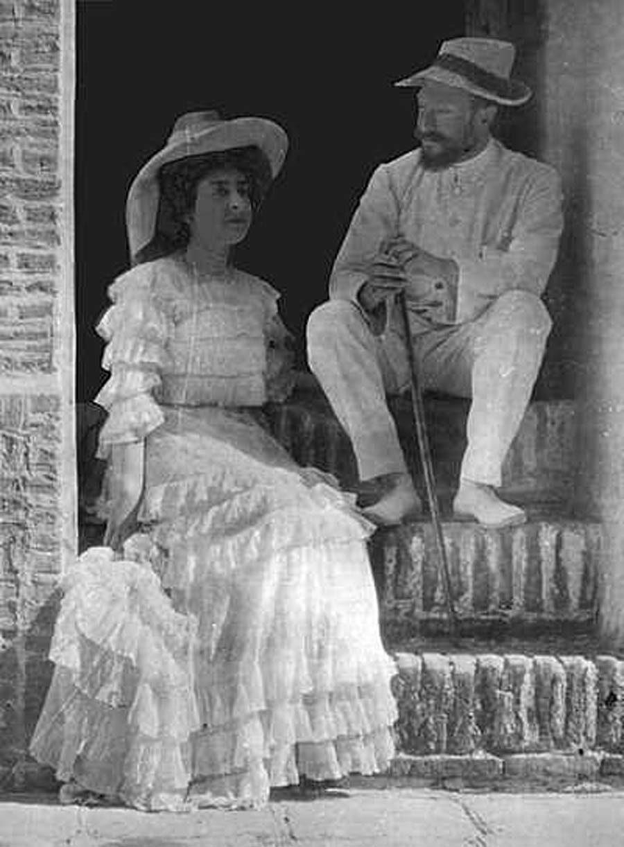 Laura Clifford Barney with husband Hippolyte Dreyfus in 1906.