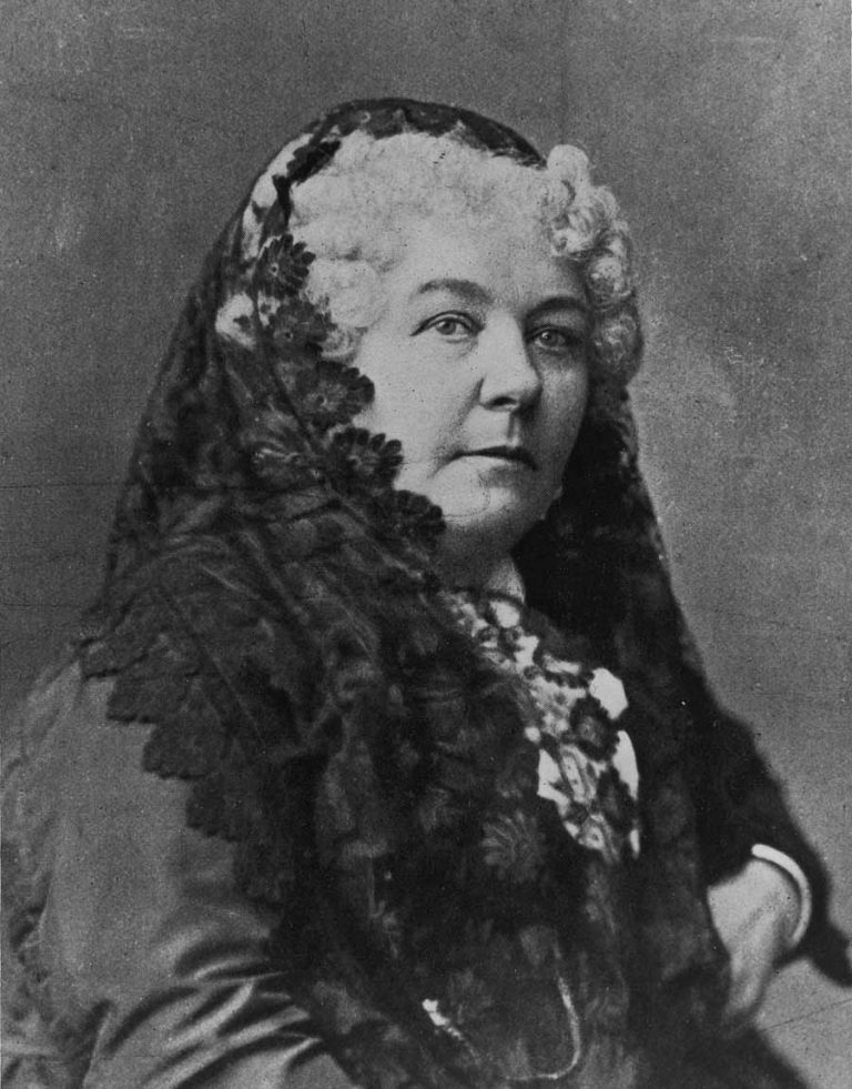 elizabeth cady stanton Elizabeth cady stanton summary: elizabeth cady stanton was a social activist, one of the originators of the women's movement in the united states, and an author, wife, and mother with her good friend susan b anthony , she campaigned tirelessly for women's rights , particularly for the right to vote.