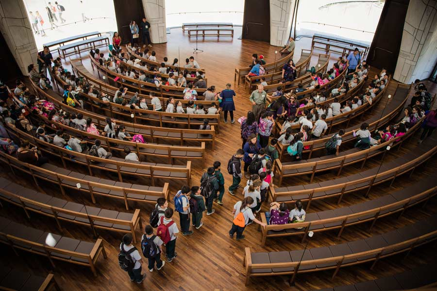The Temple welcomes all people. Many schools also organize visits for their students.