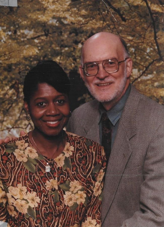 Dorothy and Thom Thompson 30 years after they married.